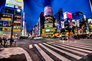 1200px-Ginza_at_Night,_Tokyo
