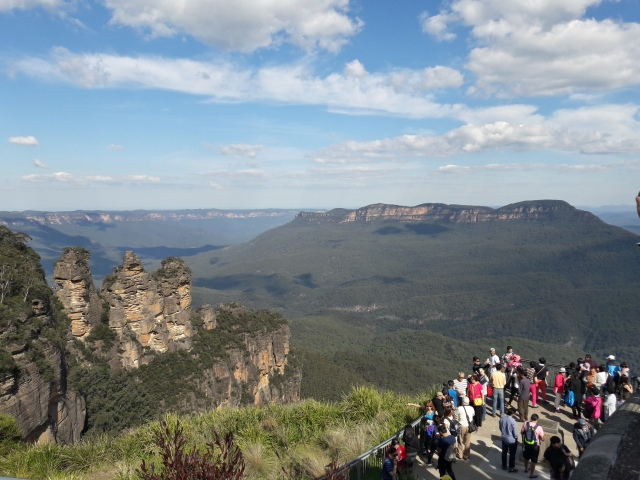 blue mountains Sydney, three sisters
